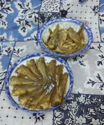 煎炖小.黄花鱼