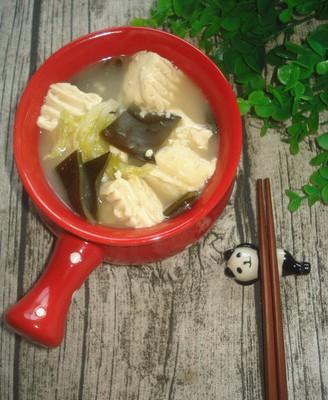白菜海带豆腐汤