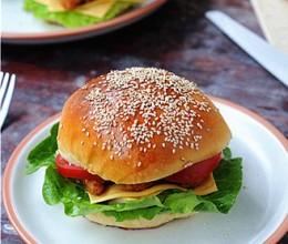 炸鸡芝士汉堡#丘比沙拉汁#