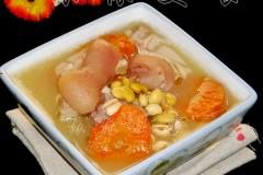 23道老火汤帮你赶走初秋的干燥---滋润养颜黄豆猪脚汤