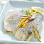 用简单的方法留住鲈鱼的鲜美---锡纸包鲈鱼(西餐菜谱