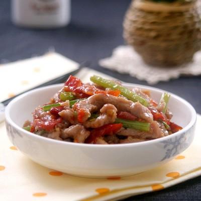 迅速消灭米饭的开胃菜———泡椒牛肉丝