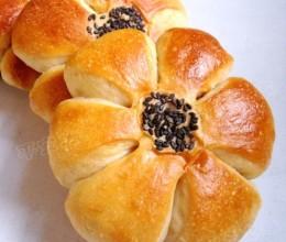 加料的面包最好吃——哈密瓜花式小面包