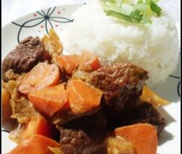 对学生生长发育有益又可御寒的菜肴——咖喱牛肉饭(简易版)