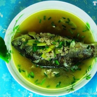 冬季食鲫鱼正当时令----如何做出最鲜美的鲫鱼汤