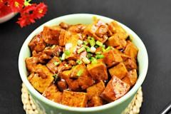 一碗烧菜吃出幸福的味道——红烧肉末豆腐