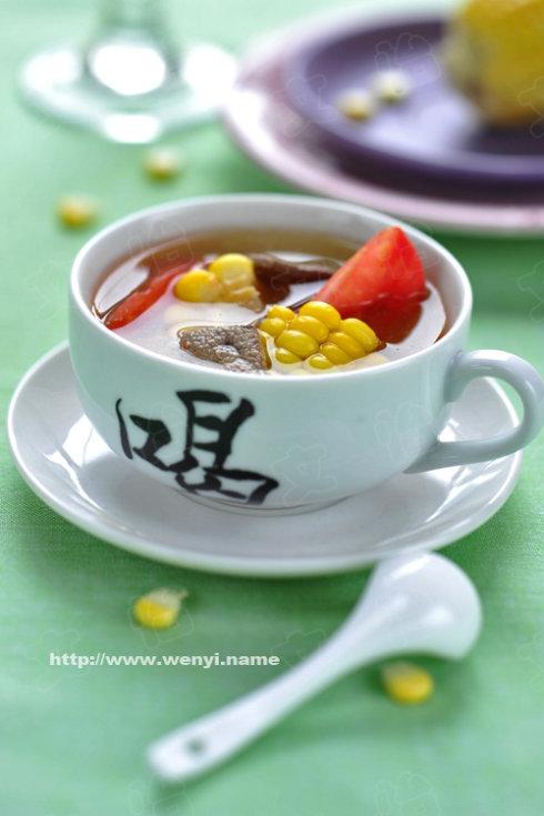 冬季滋补好汤品------鲫鱼萝卜煲(只有3样原料哦)
