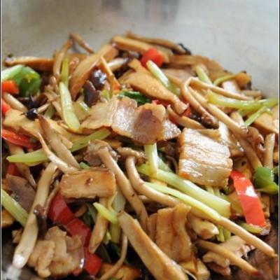 让这道江湖菜更健康一点----干锅豆干茶树菇