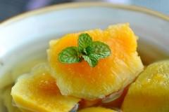 冬日暖身糖水--姜汁番薯糖水