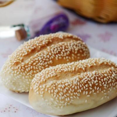 最适合做主食的面包——芝香浓郁的芝麻卷面包