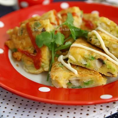 从容不迫做早餐,事前准备很重要:五分钟早餐银鱼香菇煎蛋饼