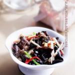 春季减肥该怎样搭配蔬菜——藕条炒木耳