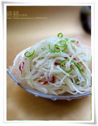 【芹菜炒肉末】 居家常备33道好吃又养眼的家常快手菜!