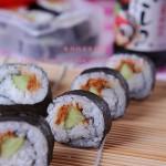周末去春游---肉松寿司