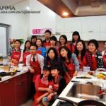 新浪美食博主们与韩国主妇们的厨艺交流聚会