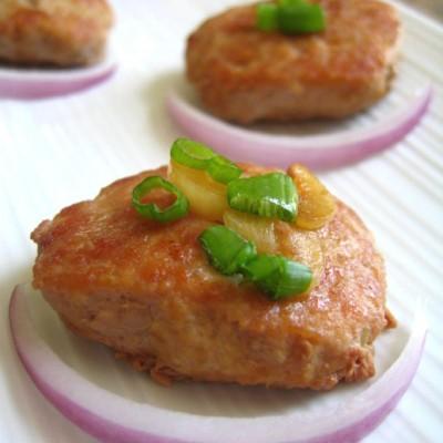 让肉馅滑嫩多汁的法宝是豆腐---香嫩肉饼