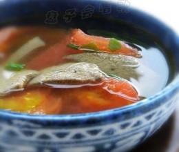 不腥气不浑浊的猪肝汤秘诀——【番茄猪肝汤】