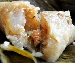 【花生绿豆鲜肉粽】端午家宴上好评百分百的自制裹肉粽!