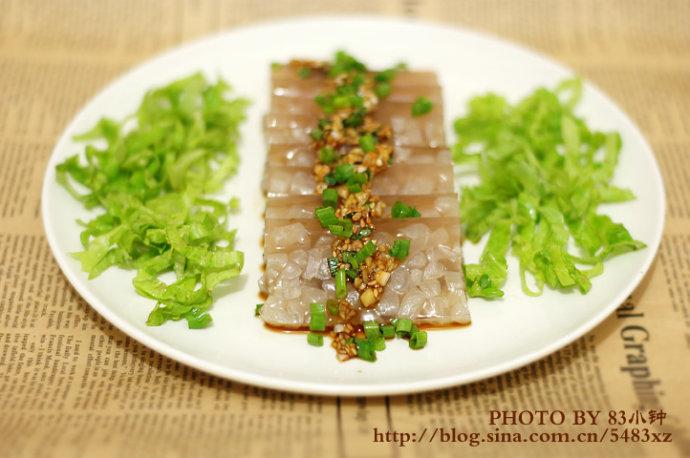 用肉皮做道美肤菜—【肉皮冻】简单出吃美丽