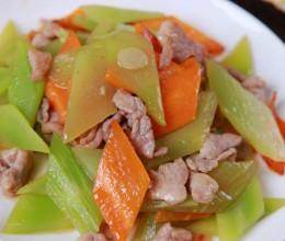 家常小菜---莴笋炒肉片