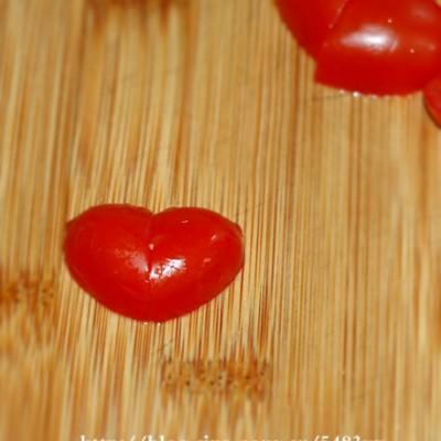 番茄的魔法—几秒钟把小番茄切成爱心