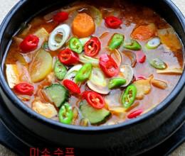 健康开胃的低脂美食韩式大酱汤