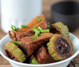 盛夏时节一定要吃的一道解暑的君子菜----豉汁排骨焖苦瓜附:22道解暑开胃菜