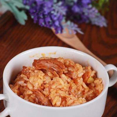 将剩米饭华丽变身----金枪鱼泡菜炒饭