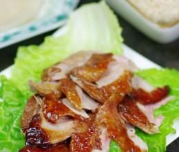 适合家庭DIY的一鸭双吃全攻略——皮脆肉嫩的脆皮烤鸭(附荷叶饼做法)
