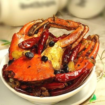 三步炼成一只火遍大江南北的【香辣蟹】:如何选蟹的品种,杀蟹,祕制调料