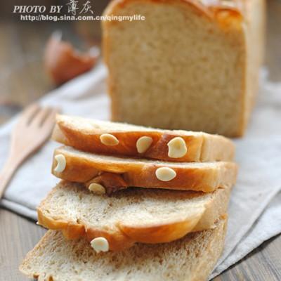 【奶油红糖杏仁吐司】用红糖做益气补血的面包
