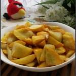 只需三步搞定一道适合秋季美容养颜的快手菜——清炒西葫芦