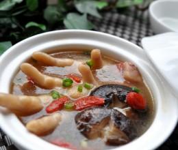 【香菇枸杞鸡脚汤】好皮肤吃出来,永不落伍的30道美容菜
