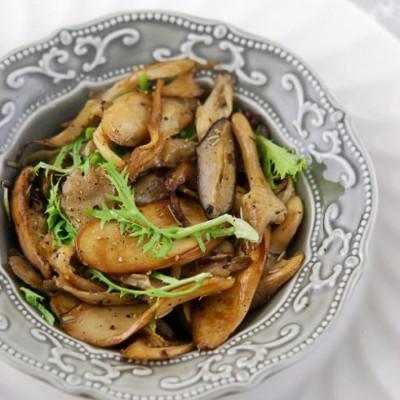 黑椒香草烤蘑菇--像吃肉一样吃素