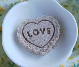 15分钟自制入口即化的美味小酥点:玫瑰酥糕