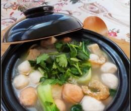 厨房新手只需10分钟就可以搞定的暖身餐——海鲜粉丝煲
