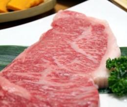 周末在家享受小资情调的和牛大排挡铁板烤肉