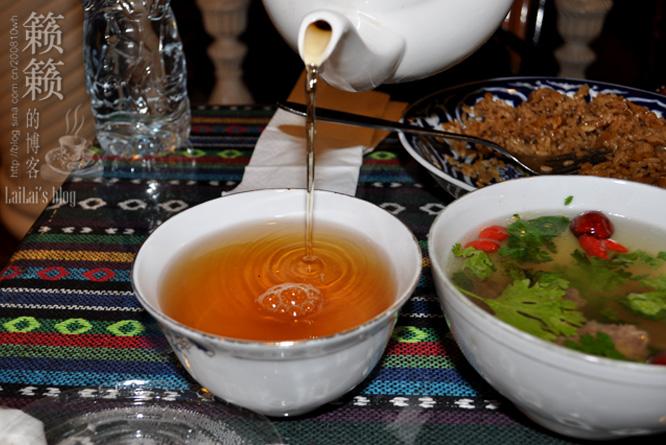 【乌鲁木齐五月花】别有情调的地方吃新疆特色美食!