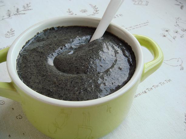 15分钟速成冬日快手早餐:自制黑芝麻糊