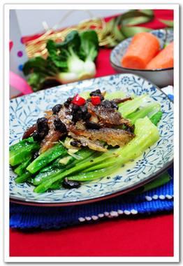 强烈推荐一道超级适合带饭的便当菜【京葱爆炒牛柳】(老生常谈:牛肉嫩滑的窍门)