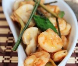 抗菌消炎止痛效果佳的食疗菜——【香茅蘑菇炒虾仁】