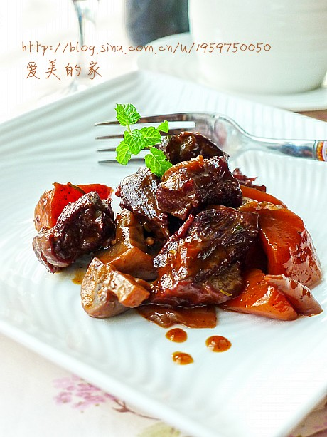冬天里一道迷人的西式养身菜----红酒烩牛肉