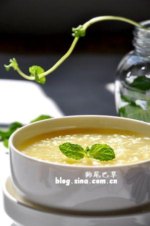 早餐38【馒头夹卤肉莴笋丝+花生红枣豆浆+菠萝】