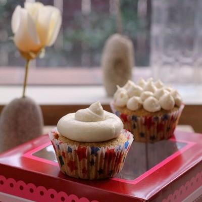 南瓜杏仁粉蛋白纸杯蛋糕-乔装打扮的费南雪