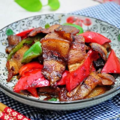 另类回锅肉,五花肉最省事兼最惹味的吃法【酱炒彩椒回锅肉】