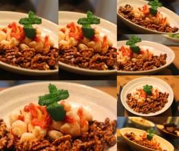 新鲜食材永远是家宴上的主角----加州核桃鲜虾仁