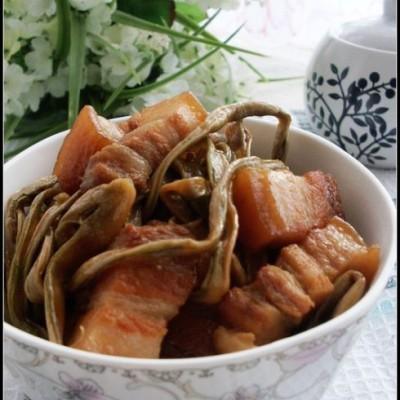 干豆角和五花肉的完美结合——干豆角红烧肉