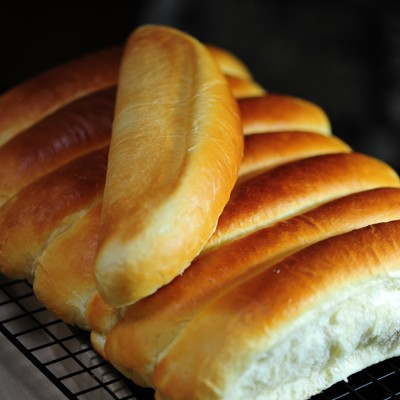 港式牛奶排包----手把手我们一起做香甜又绵软的奶香面包
