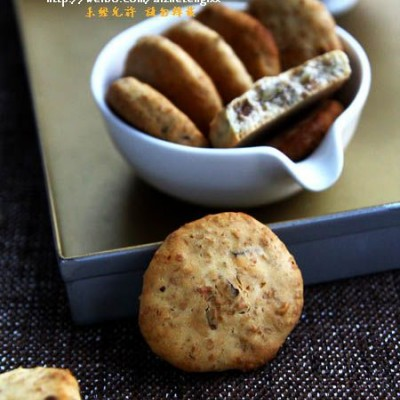 新年聚会可以来款健康低脂小饼干,橄榄油全麦核桃饼