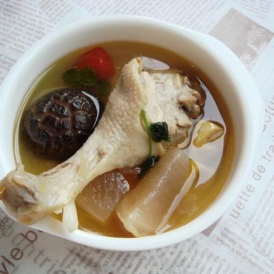 三个窍门自制一锅酸爽开胃的川味名吃:酸萝卜老鸭汤